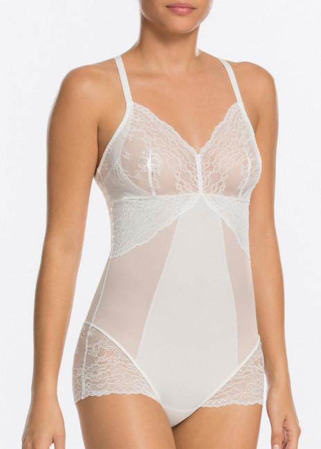 Spanx Spotlight on Lace body S-XL vit
