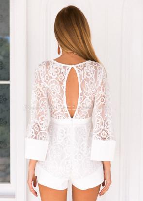 Xenia lovely lace playsuit XS-M vit