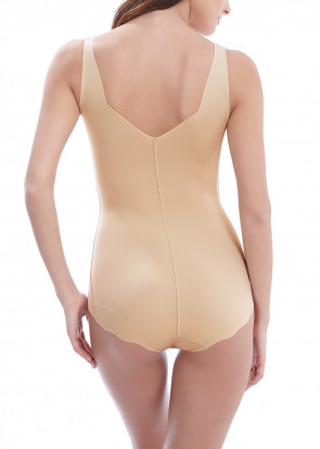 Wacoal Beyond Naked body S-XL beige