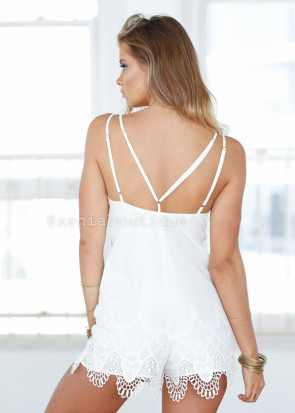 Xenia harlow lace playsuit S-M vit