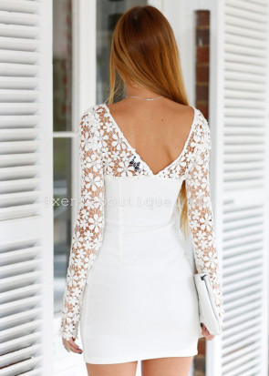Xenia angel crochet daisy dress XS-L vit